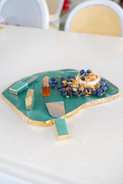 Maxi Platter Quartzo Verde com Ouro 24K Camila Vieira 25 cm