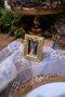 Marcador de Lugar em Resina Manu Fisch Dourado 7,5 cm